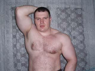 00MuscularGuy